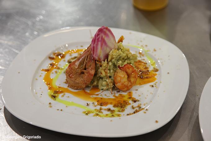Κριθαρότο με γαρίδες και φινόκιο.
