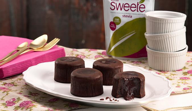 Συνταγές για Chocolate Lovers  από τη Sweete Stevia!