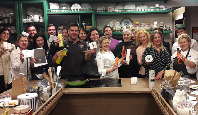 19 Απριλίου: Ζαχαρωμένο μάθημα με Lazaris Distillery & Artisan Sweets