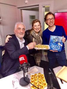 Στο στούντιο της RTL με τον Guy Savoy και τον Stéphane Bern