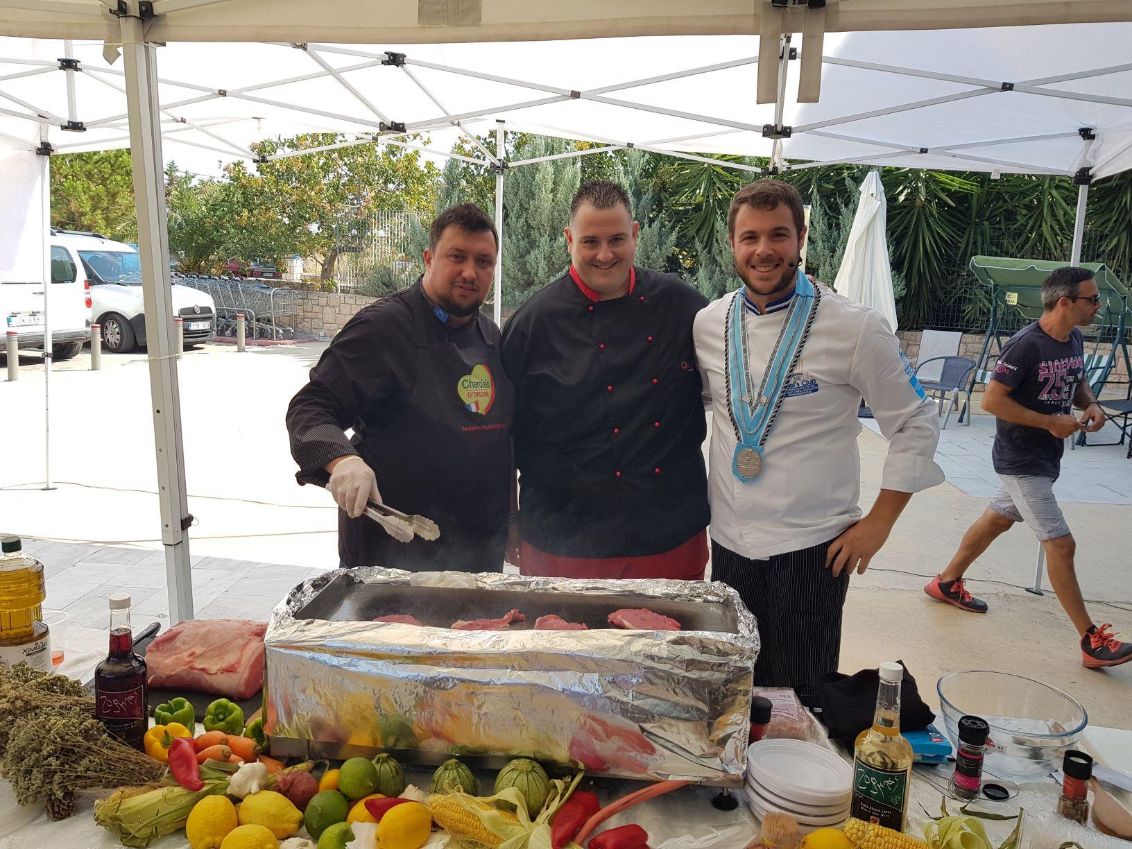 Γευσιγνωσία του Μοσχαρίσιου Κρέατος Charolais D' ORIGINE στο super market ΚΡΗΤΙΚΟΣ στο νησί της Αίγινας!
