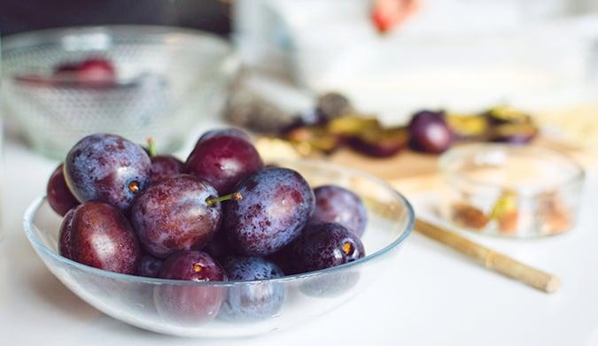 Ποια φρούτα διαλέγουμε κατά της δυσκοιλιότητας