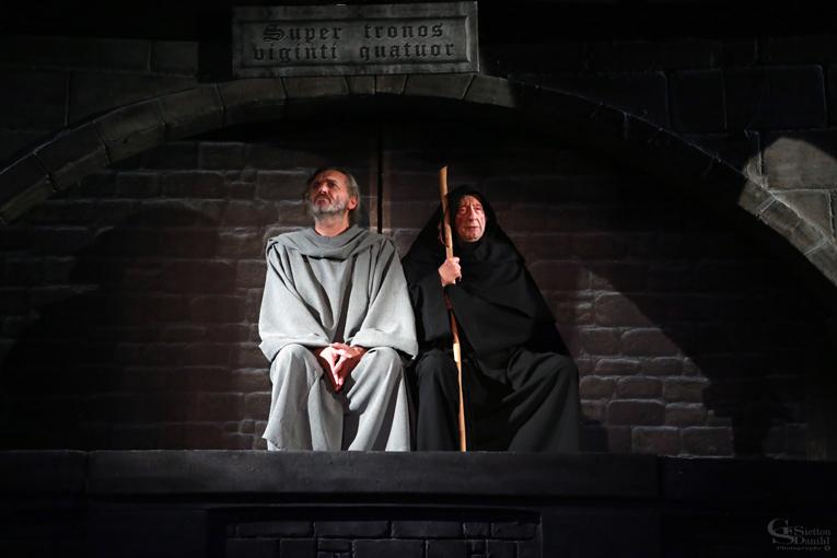 «Το Όνομα του Ρόδου», το μεσαιωνικό αστυνομικό θρίλερ του Ουμπέρτο Έκο