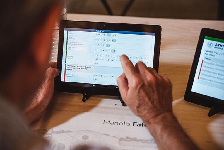 Ψηφιακά συστήματα διενέργειας διαγωνισμών και ψηφοφοριών με την χρήση tablets και smartphones